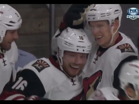 Coyotes' Max Domi notches first career goal with a rocket of a wrist shot | The Hockey News