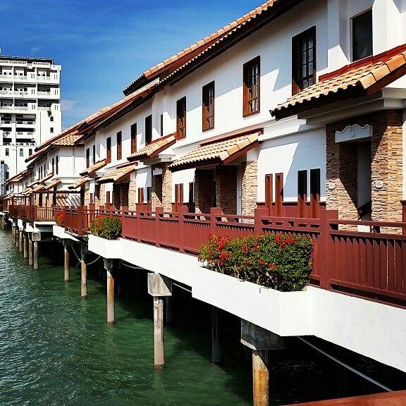 Honeymoon at Port Dickson.. Grand Lexis FTW... :)