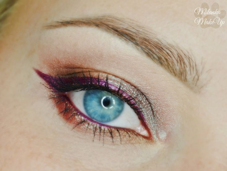Makeup with blue shadows based on the show Jason Wu: how to repeat?