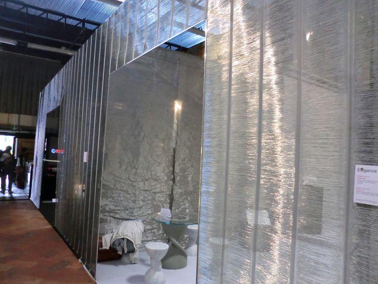 STAND ARTS&CRAFTS - Tutte le pareti interamente rivestite con la tela metallica Elegance hanno dato la possibilità di creare ambienti diversi, caratterizzati da grande eleganza e funzionalità. (More Info: http://m.ttmrossi.it)  #Design #Inspiration #TTMRossi #MetalDesign #Idea #IdeaDesign