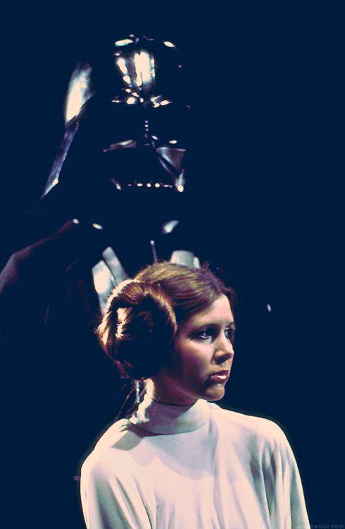 A New Hope | Star Wars Referencia de paleta de cores. os tons escuros em azul + iluminação sobre ela
