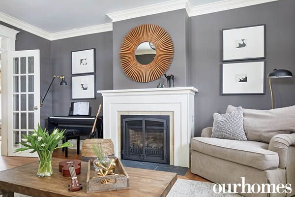 Simple Black And White Art And Accessories Quietly Complement Bold