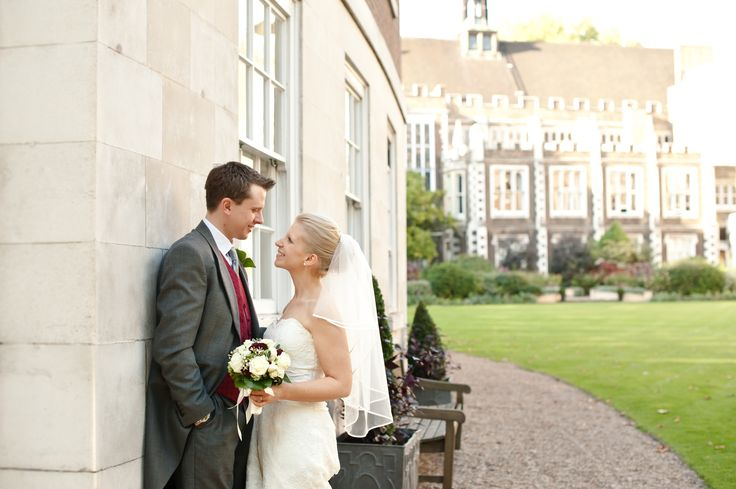 Middle Temple garden and Hall provide stunning backdrops for wedding pictures