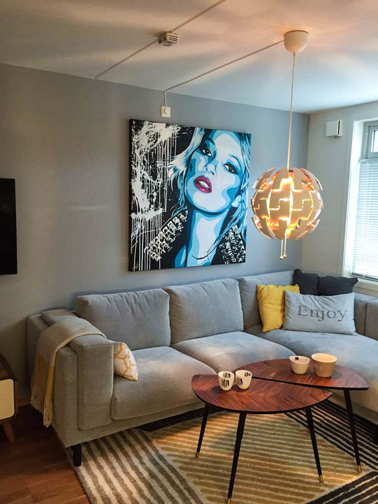 Kate Moss  Art by Halseth @artbyhalseth