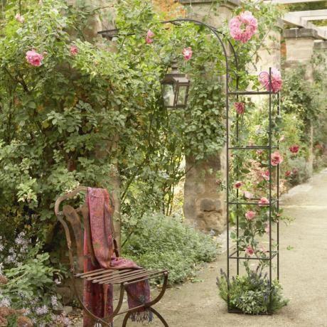 Rosenbogen Fiore und Stuhl Dalem #loberon