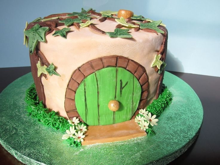 Hobbit House cake 2013