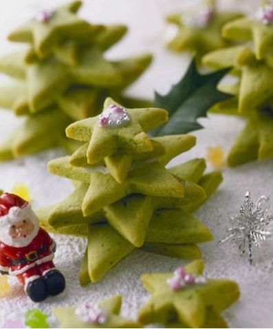 Google Image Result for http://aiya-america.com/assets/uploads/2010/01/1264448381Matcha_Christmas_Tree_Christmas_Carol.jpg