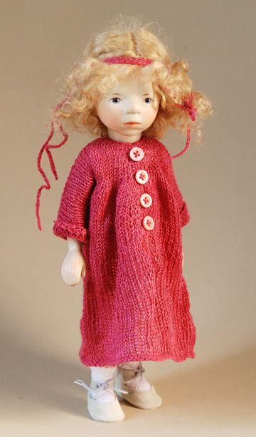 Girl In Dark Pink Knit DJ037