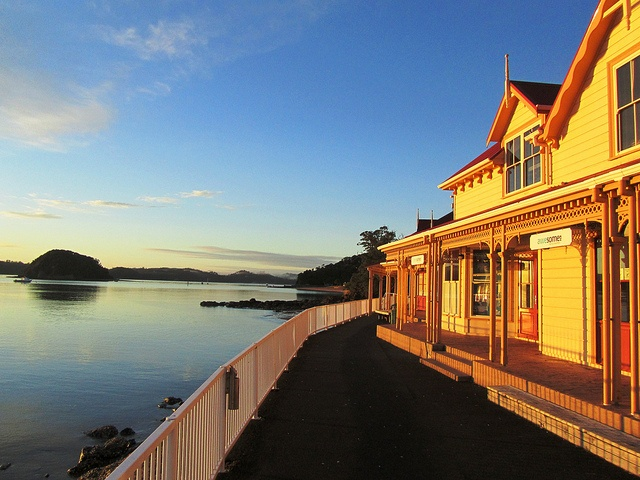 Paihia, Bay of Islands, NZ by Sergio Pavan, via Flickr