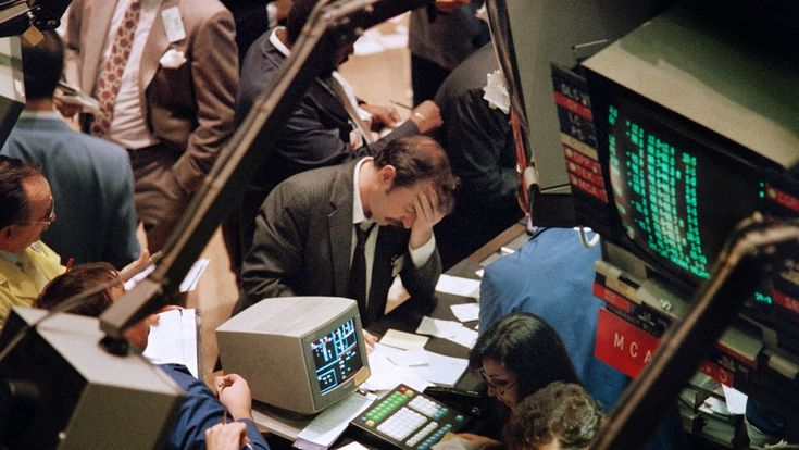Three money managers who lived through the 1987 stock-market crash warn of danger today  Published: Oct 28, 2017 3:30 p.m. ET 'I would take some money off now because ... there are clear signs of deranged valuations,' says Gabelli fund manager Lawrence Haverty
