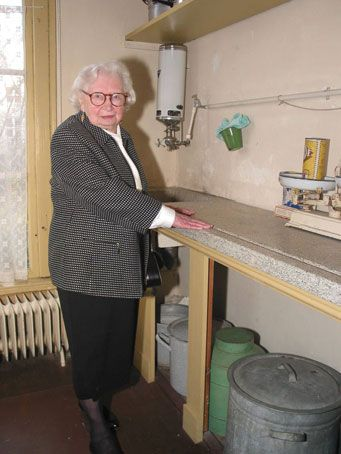 Miep Gies In The Kitchen Of The Annexe Holocaust