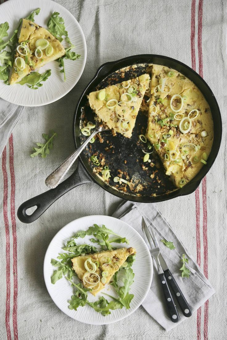 Vegan Caramelized Onion, Leek & Potato Chickpea Frittata. Super easy and really tasty.