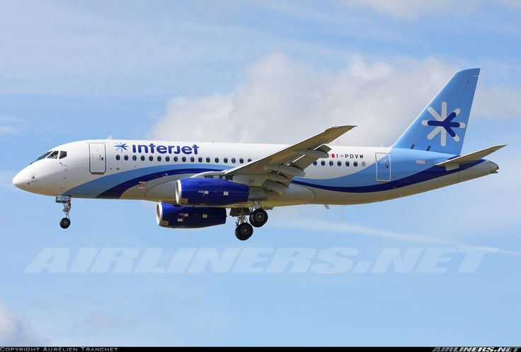 Sukhoi Superjet 100-95 aircraft picture
