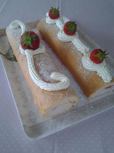 Strawberry cake ♡♡♡