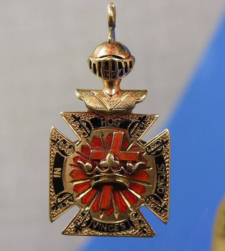 Vintage 14K Knights Templar Fob / Pendant Maltese Cross from Goodbee Collectables on Ruby Lane