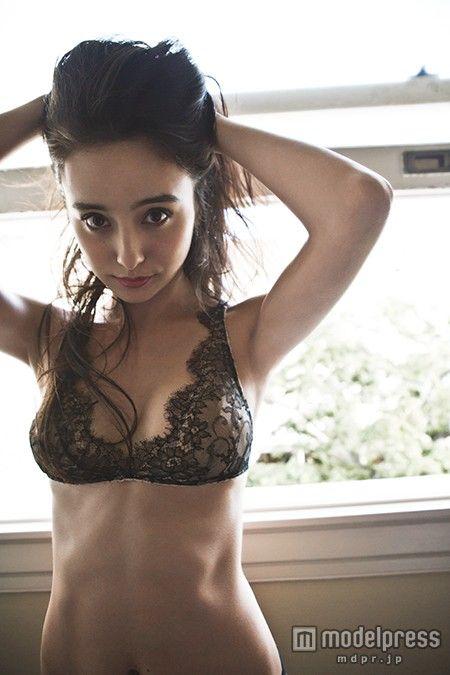 Nicole Ishida 石田ニコル