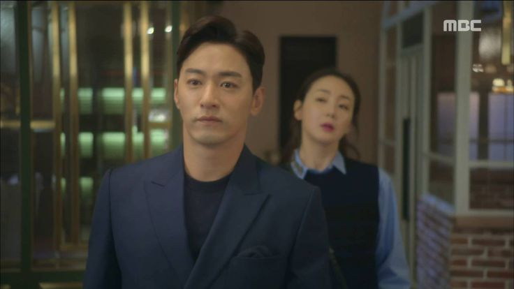 [Woman with a Suitcase] ep.01 Joo Jin-mo dangles before Choi Ji-woo an t...
