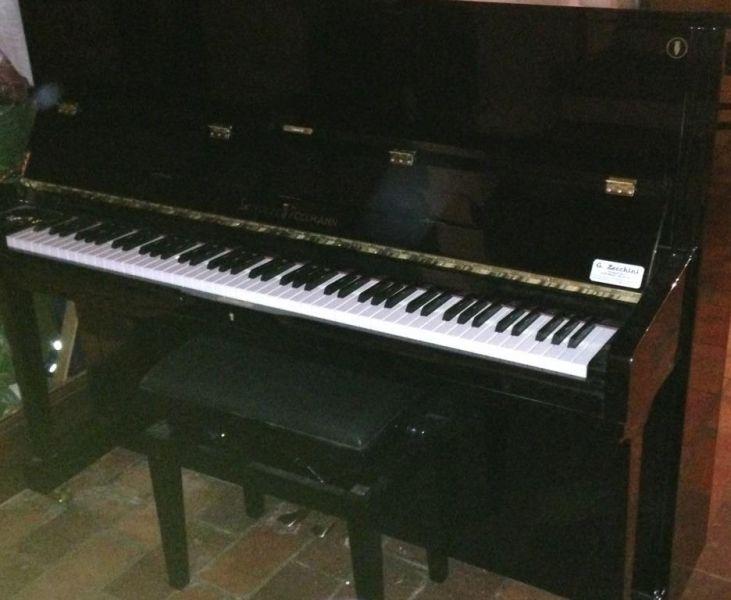 VENDO PIANOFORTE VERTICALE