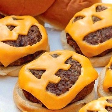 http://recetas.cuidadoinfantil.net/receta-de-minihamburguesas-con-forma-de-calabaza-para-halloween.html