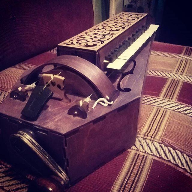 My hurdy-gurdy lasercut   hurdy-gurdy lasercut music instrument organistrum drehleier history diy craft reenactment колесная лира историческая реконструкция средние века medieval лазерная резка
