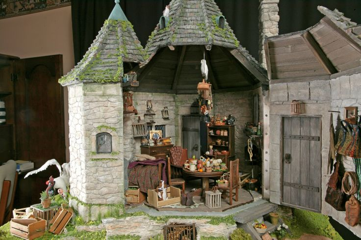 Hagrid's Hut ~ Rik Pierce & Sally Wallace