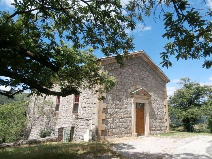 Gîte in un ex Tempio a Saint-Etienne-de-Serre, Ardèche