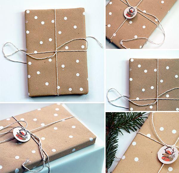 DIY polka dot wrapping paper: Diy Polka, Polka Dots, Gift Wrapping, Wrapping Papers, Diy Gifts, Wrapping Ideas, Dot Wrapping