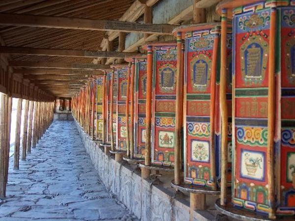 Prayer Wheels   Labrong Monastery Tibet Ideas
