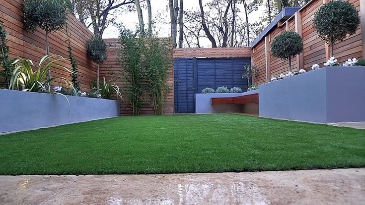 1000 images about garden on pinterest gardens raised for Low maintenance planting schemes