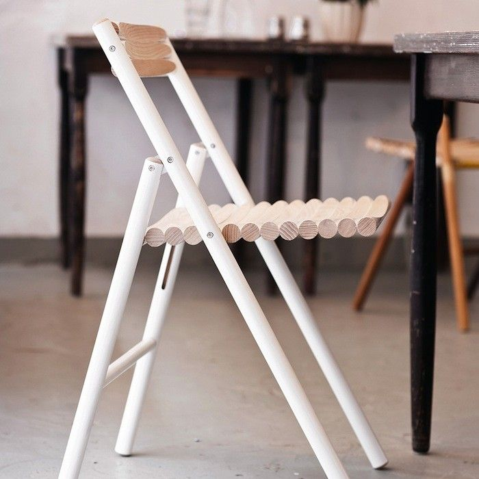10 easy pieces folding dining chairs