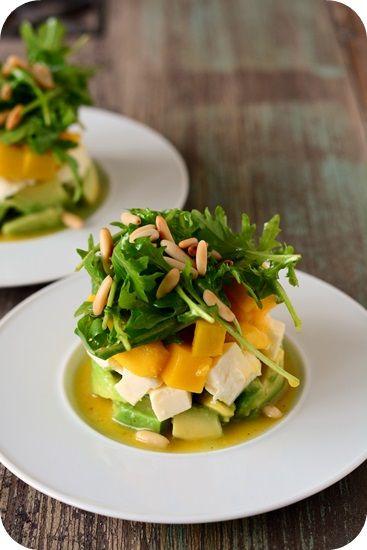 Avocado-Mozzarella-Mango-Salat