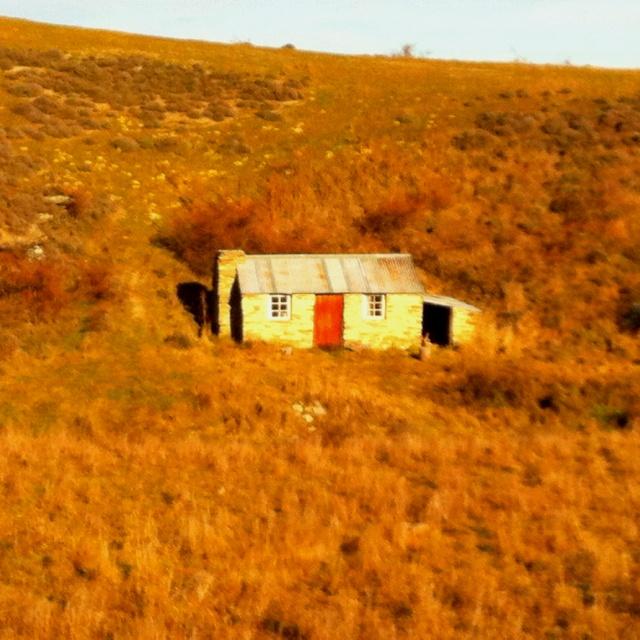 Hut. Central, Otago. NZ