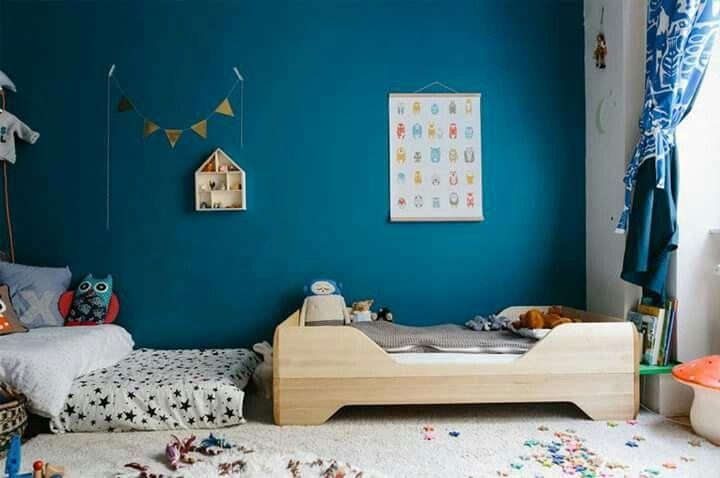 #roomatfirstsight  Smalto ad acqua Airforce Blue The Little Greene Paint Company + letto junior Echo Kalon Studios + tappeto natural di Lorena Canals.  Shop now:  http://www.lecivettesulcomo.com/