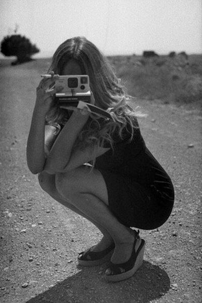 old polaroidPhotographers, Photos, Learning Photography, Black And White, Polaroid, Cameras Girls, Pictures, Fashion Photography, Photography Equipment