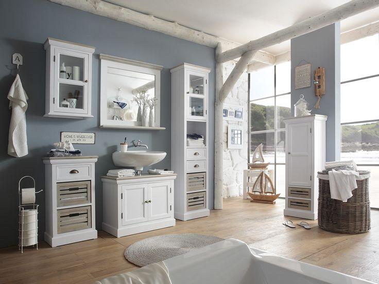Hellblau im Badezimmer - diese Kombination ist ein wahrer Klassiker und immer wieder schön anzusehen. #bathroom #blue #maritime
