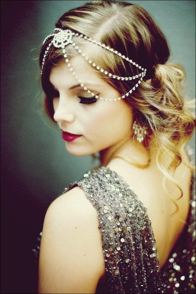 35 Klassische Und Zeitlose Frisuren Der 20er Jahre Fur Frauen In 2020 Gatsby Frisuren Frisuren Frisur Hochzeit