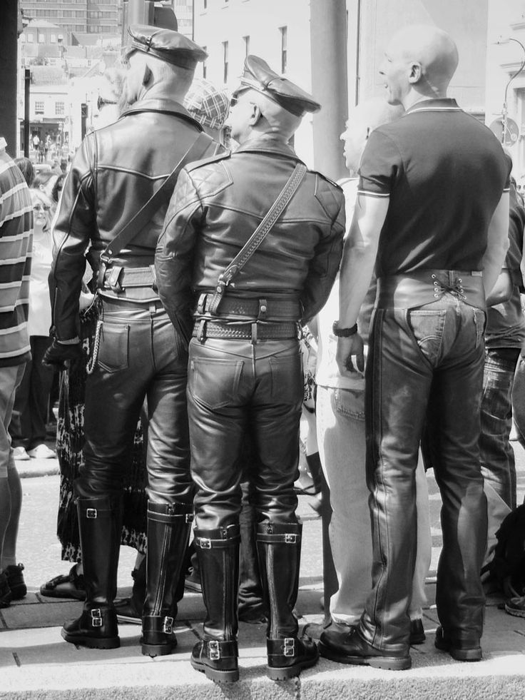 "2011: ""Full #LeatherUniform"", Brighton Pride ️ Pic ©Dr Chester Chu. #LeatherPride #LeatherUK"