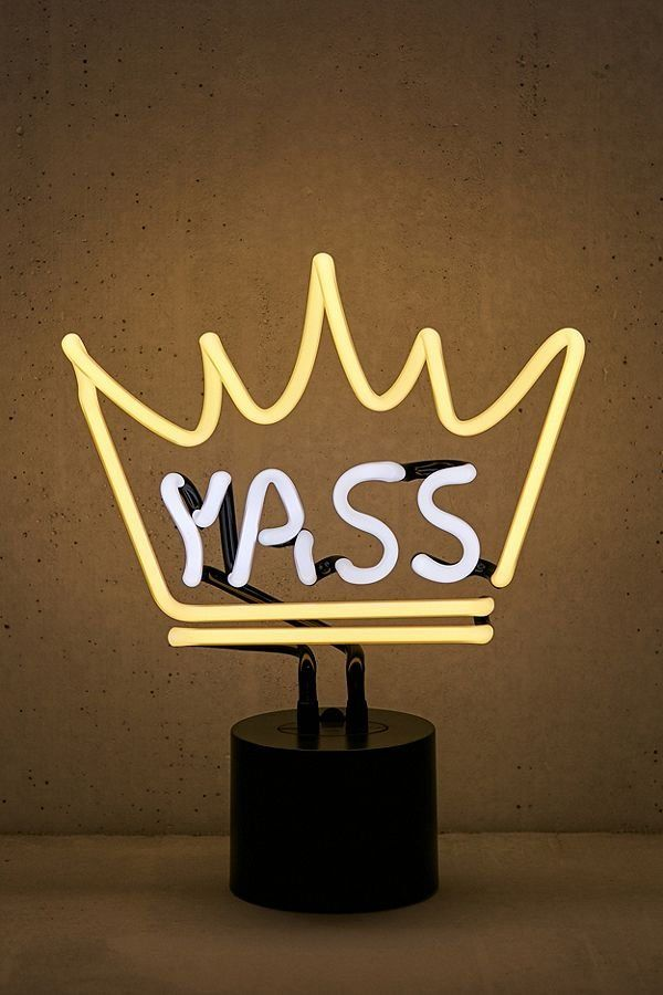 Yass Queen Neon Sign Table Lamp Neon Signs Neon Lamp