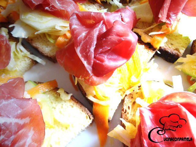 Crostone di bresaola con misticanza in agrodolce 2