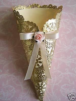Souvenirs blonda wedding cono