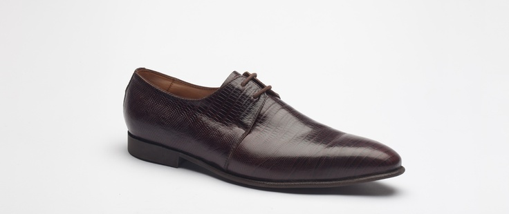 Zapatos Ron - Nine Ron.  More shoes @ http://www.elburgues.com/Shoes/