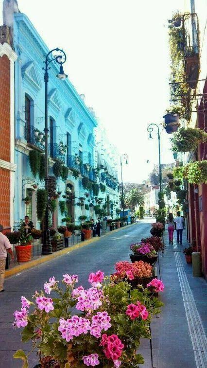 Calle en Atlixco Puebla, Mexico