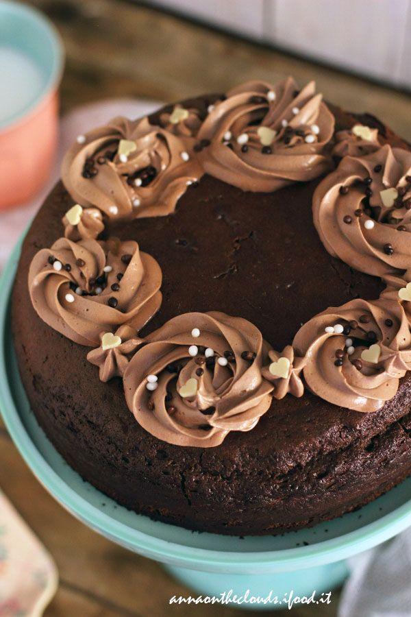 Torta alla Nutella: ricetta soffice senza burro e olio   Anna on the Clouds