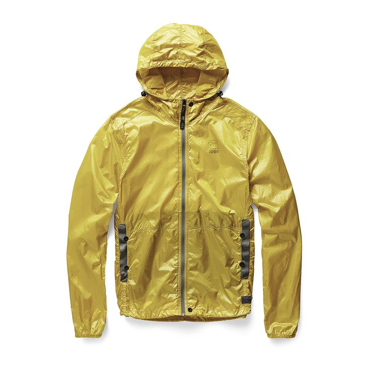 Slim packable jacket with a reverse coil zip and tape pocket reinforcements. Hood and hem are adjustable. Packs small for easy transport. www.g-star.com