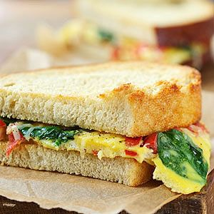 Spinach and Tomato Omelet Sandwich