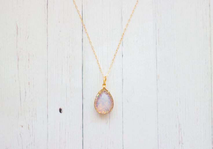 Pinker+Glas+Feuer+Opal+Kette+In+Gold+von+Kalinkati+auf+DaWanda.com