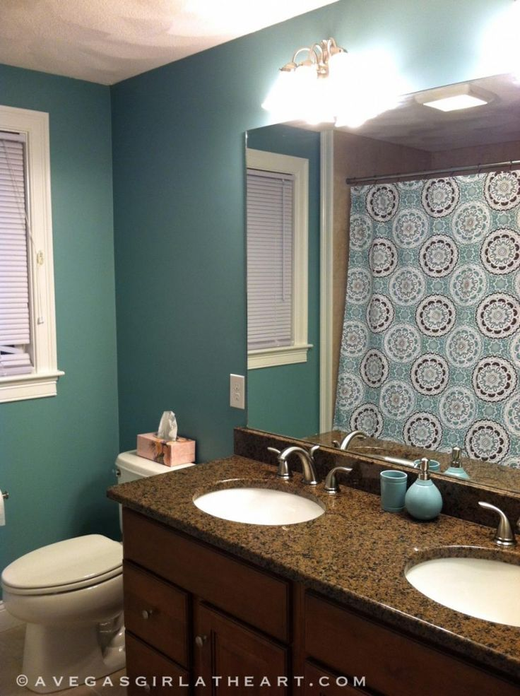 green bathroom color ideas with curtain