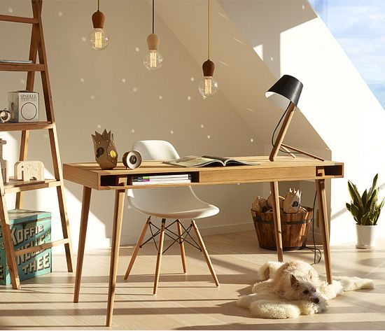 Design bureau Poet met lade, eiken hout.