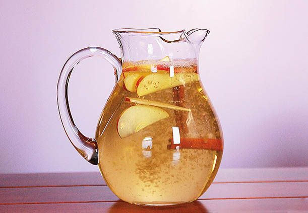 the-best-weight-loss-drink-believe-it-or-not-it-has-0-calories 1