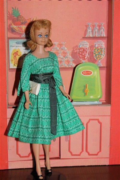 25 b sta modedockor id erna p pinterest dockor barbie. Black Bedroom Furniture Sets. Home Design Ideas